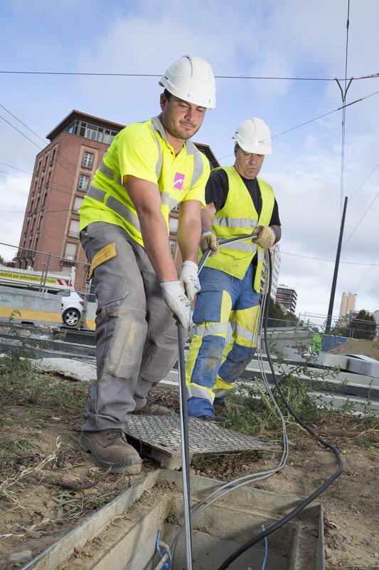 Mise en place réseaux sur le tramway à Toulouse - Photographe corporate