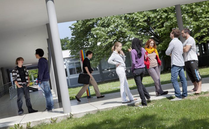 Cour et élèves - Photographe corporate
