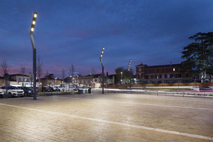 Éclairage public de la place de la république à Bruguières - Photographe Eclairage